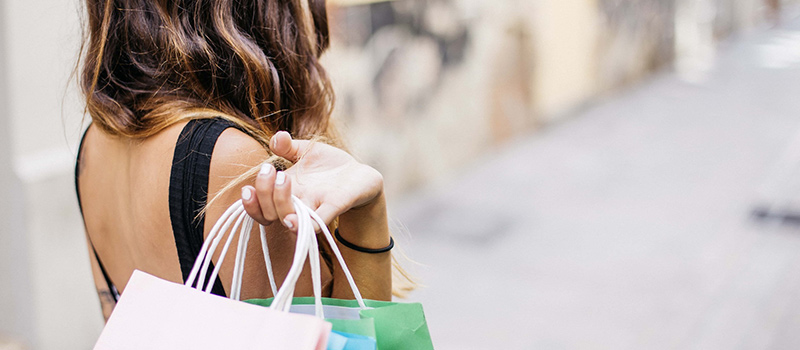 How to Become a Savvy Shopper: Tips to Save Money on Everyday Items